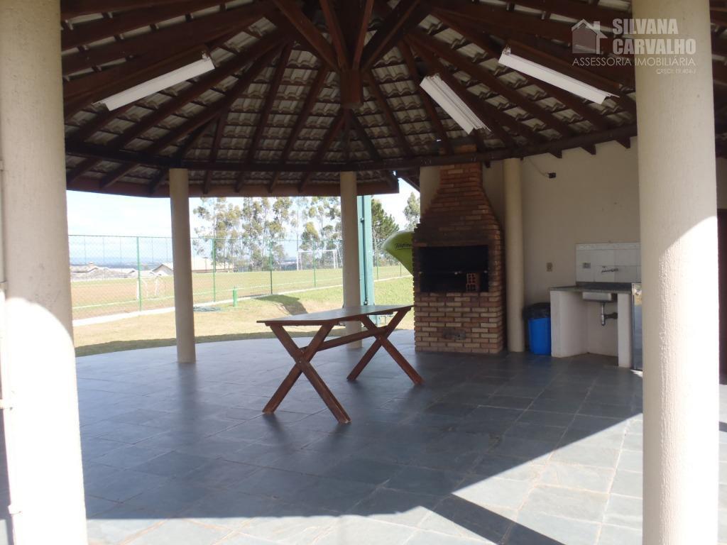 casa à venda no condomínio village castelo em ituarquitetura moderna, com ambientes amplos e iluminados.varanda gourmet...