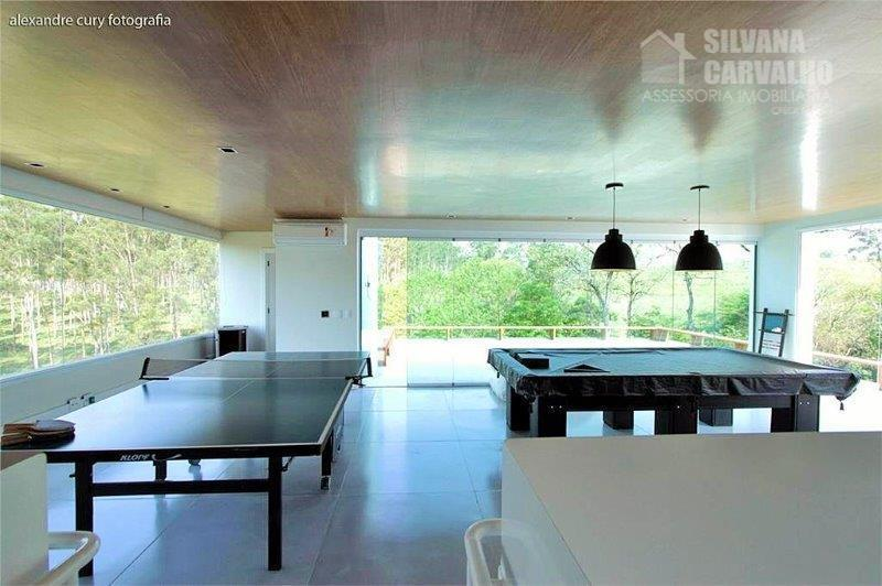 casa à venda no condomínio vila real em itu, sendo 4 suítes, 637 m². com 6...