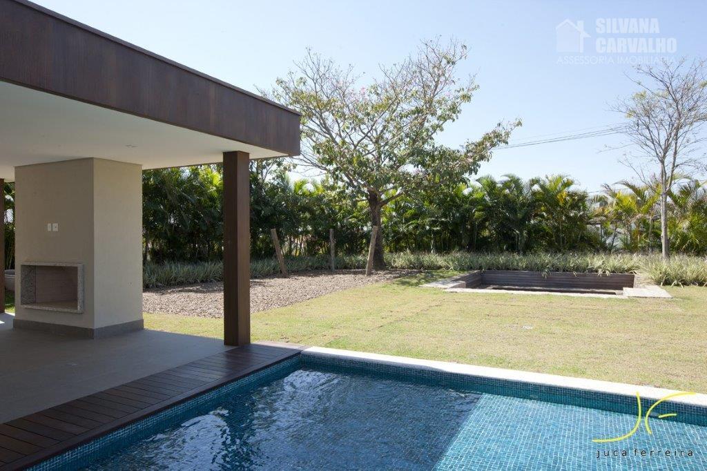 maravilhoso imóvel, muito bem localizado e com arquitetura moderna.ampla área gourmet, aquecedor solar na piscina revestida...