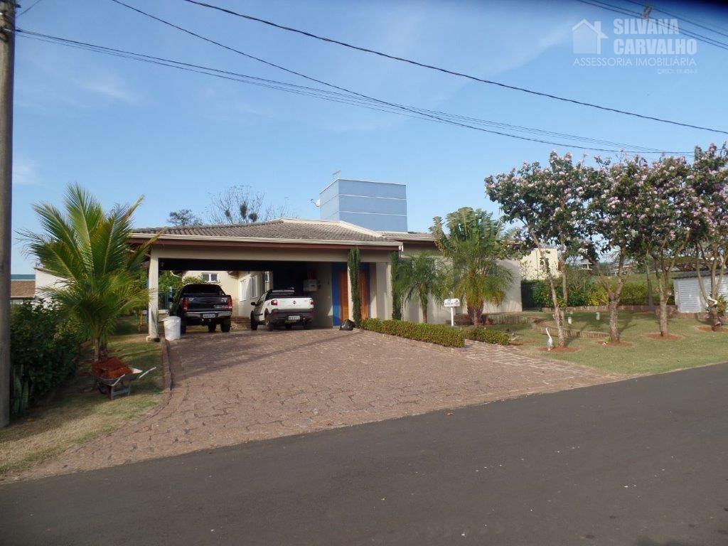 Casa para locaçao e venda Condomínio Terras de Mont Serrat Salto.