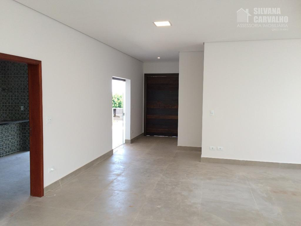 lindo imóvel à venda no condomínio jardim theodora em itu, com excelente acabamento e com arquitetura...
