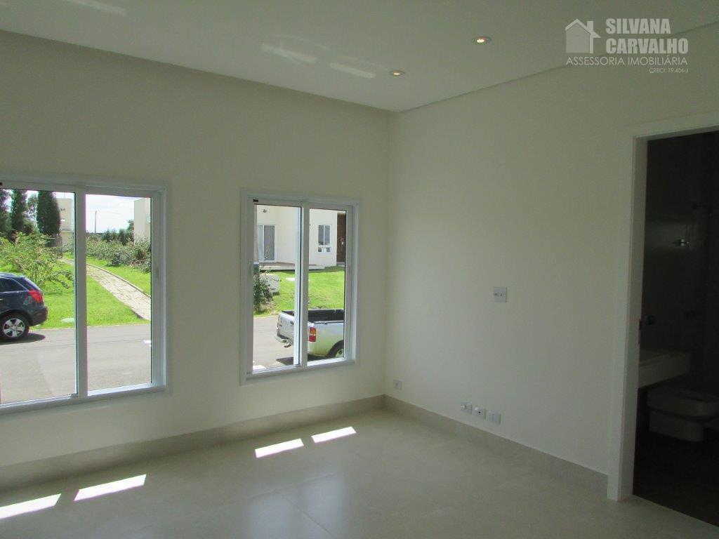 belíssima casa com requintado acabamento e lindíssimo espaço gourmet integrado às áreas de cozinha e piscina,...