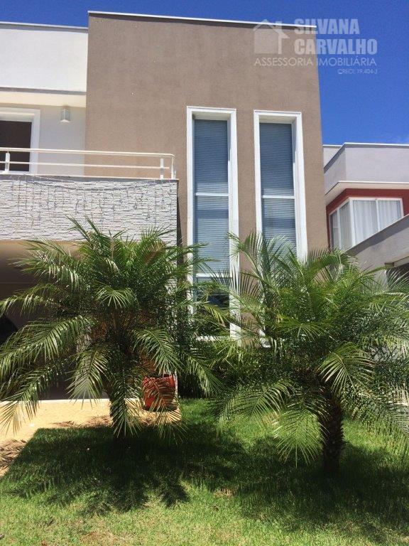 Casa à venda no Condomínio Parque do Varvito em Itu.