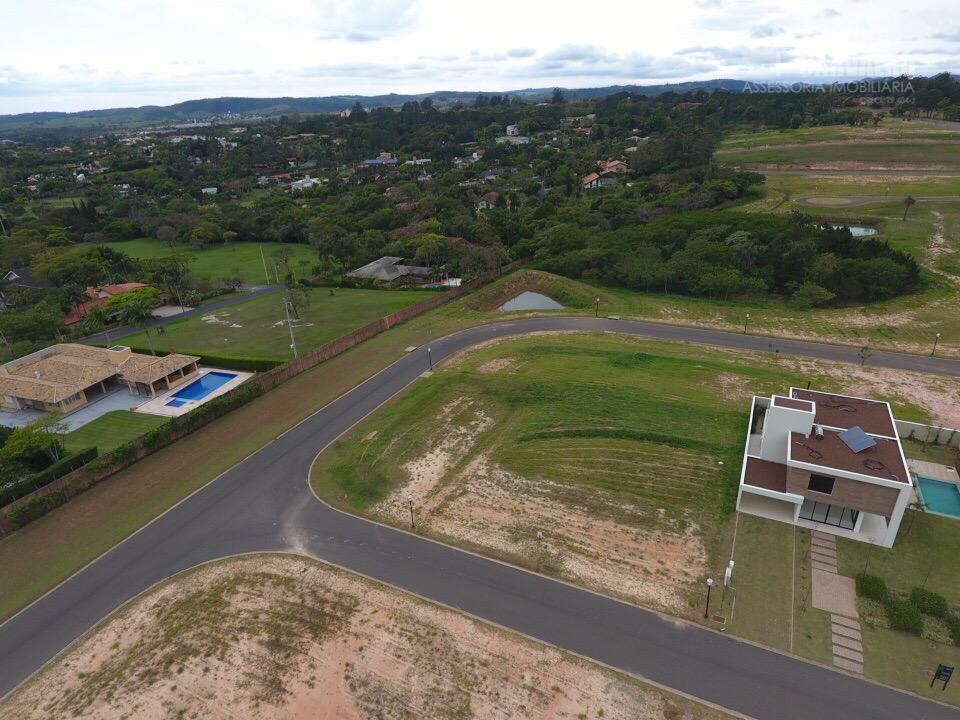 Terreno à venda no Condomínio Villas do Golfe em Itu.