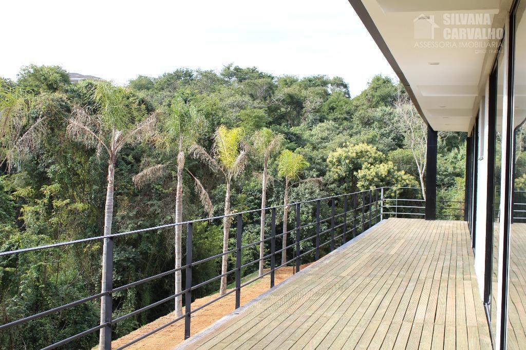 casa à venda no condomínio fazenda vila real em itu, imóvel sofisticado com arquitetura sutil, que...