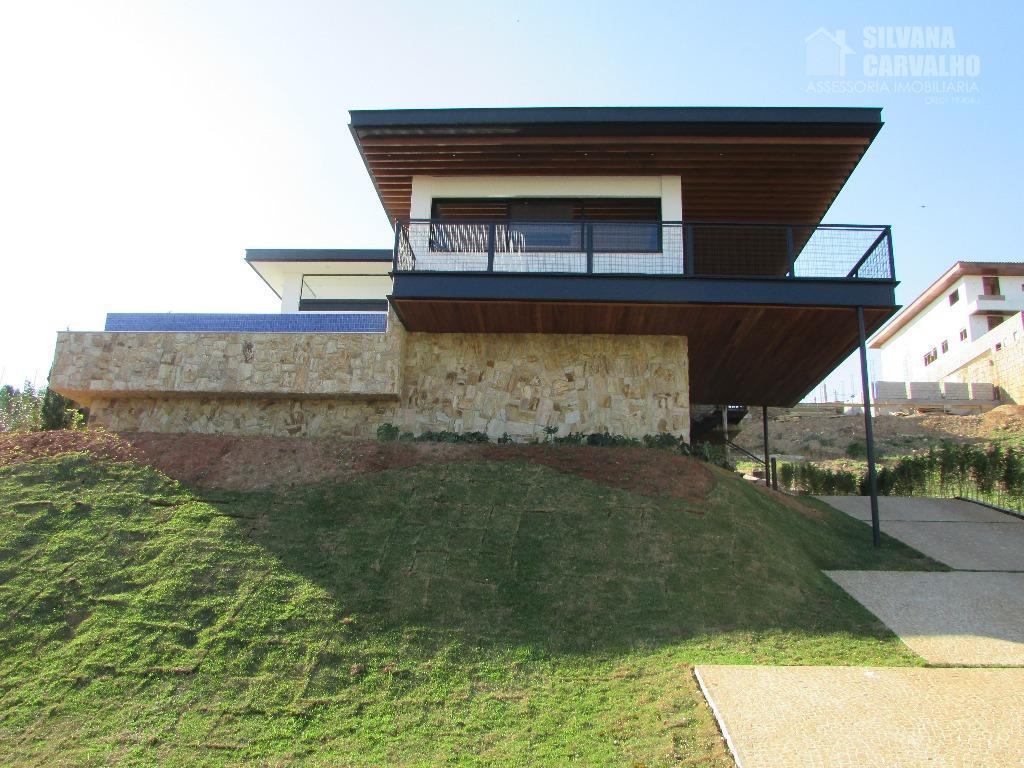 Casa à venda no Condomínio Plaza Athénée em Itu.