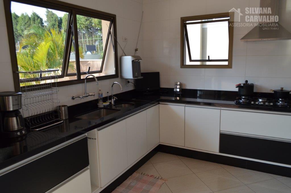 casa à venda no condomínio jardim theodora em itu, com 600 m² de área total sendo...