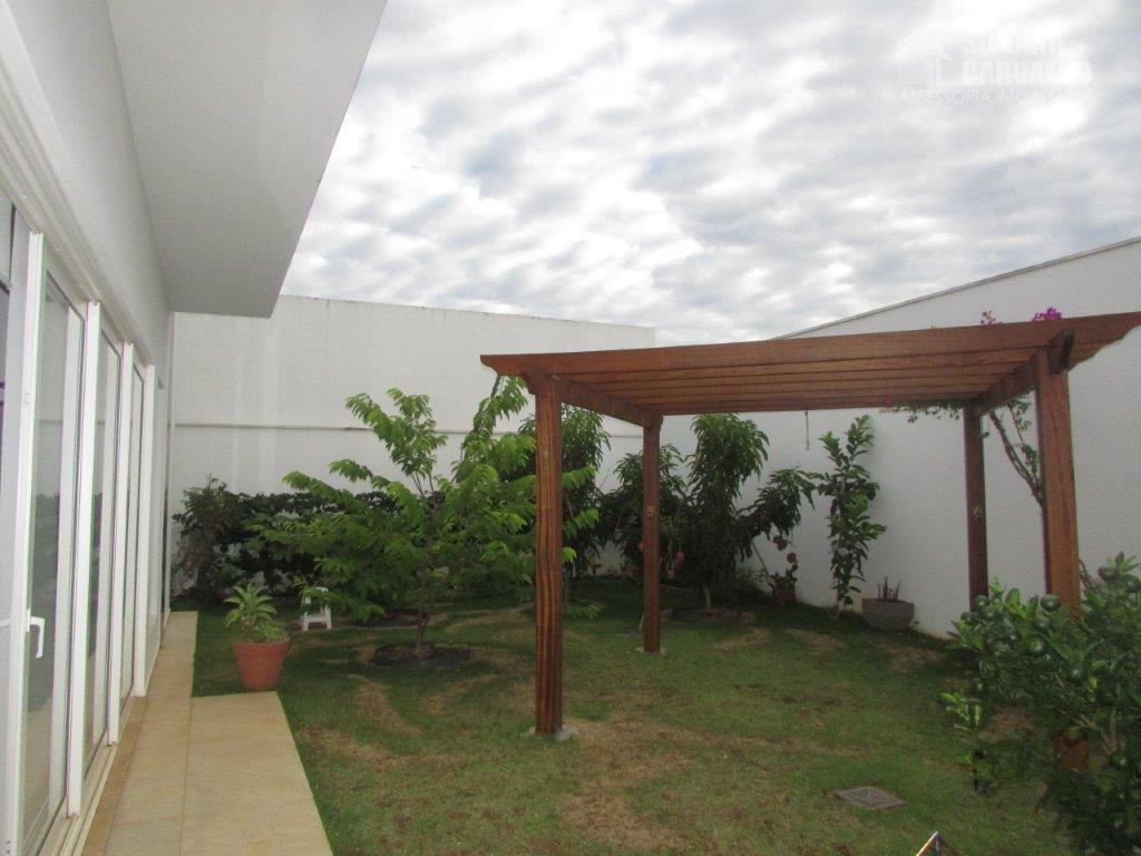 casa à venda no condomínio jardim theodora no itu, com 600 m² de área total sendo...