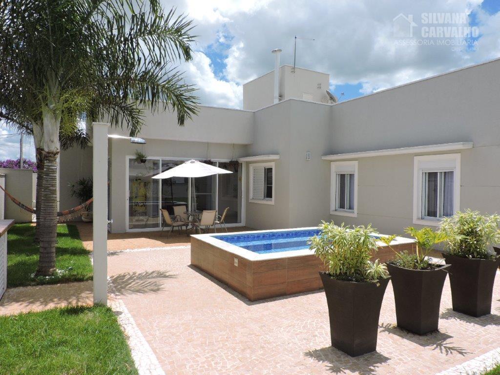 Casa para venda e locação no Condomínio Xapada Parque Ytu.