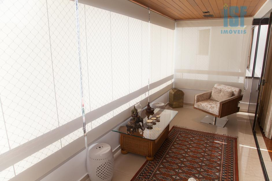 venha conhecer esse ótimoapartamentode 335 m², com 4dormitóriose 3suítesnobairro do campo belo em são paulo. oapartamentoé...