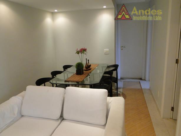 Apartamento à venda, em Santa Terezinha, São Paulo.