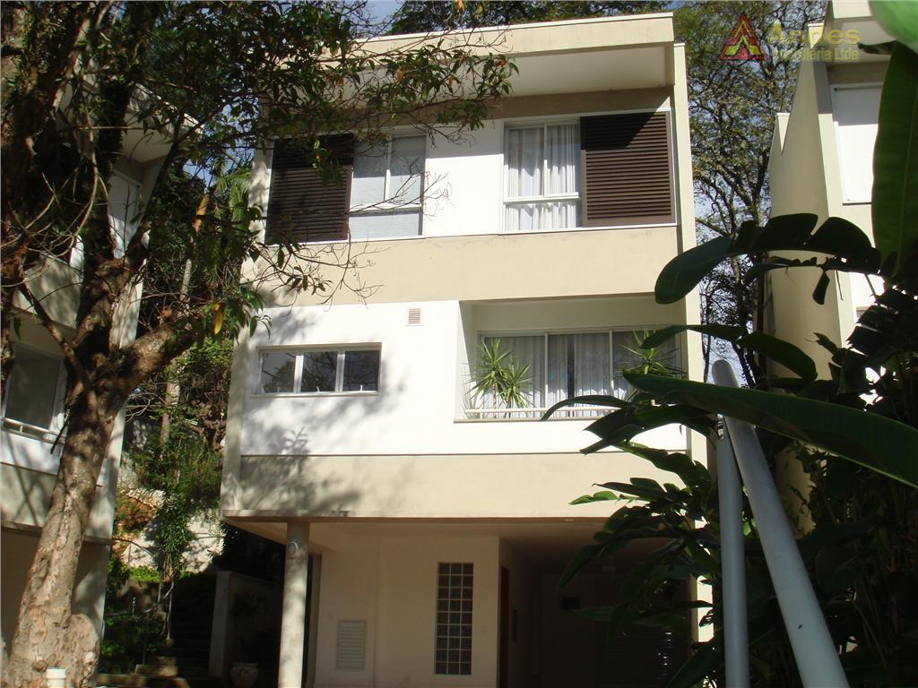 Sobrado em Belíssimo Condomínio, Jardim Floresta, São Paulo.