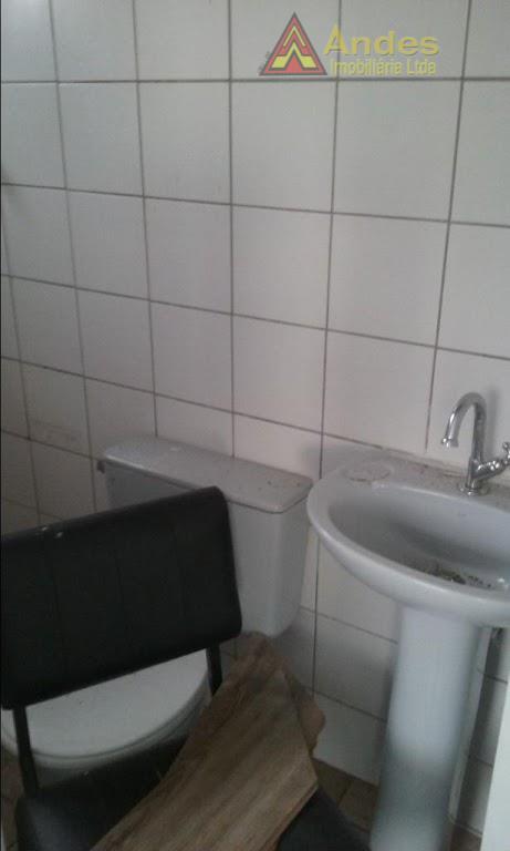 Sala de 40ms²Próximo Mertrô Santana