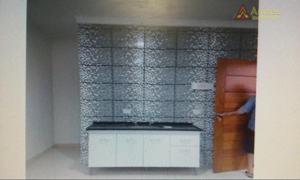 Casa tipo Kitinete Santa Terezinha 1000,00 reais