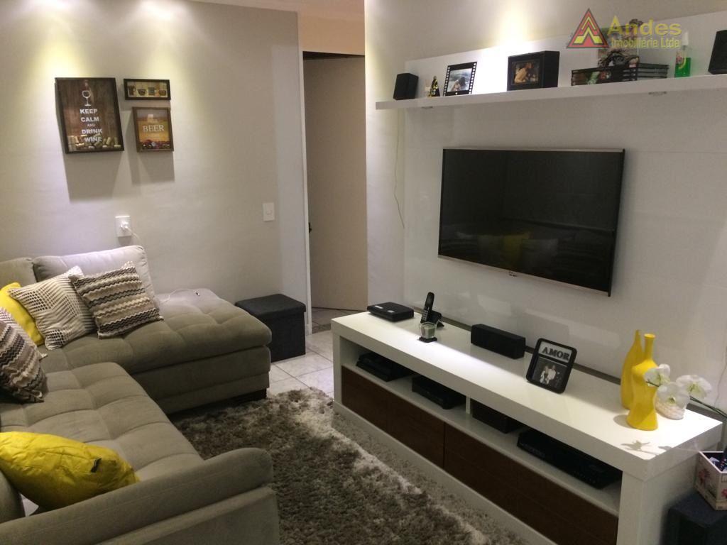 Apartamento no Mandaqui/Santana Zona Norte com 2 dts. sala, cozinha 1 wc, repleto de arms. 1 vaga