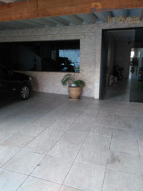 Sobrado com 3 dormitórios para alugar por R$ 2.200/mês - Vila Cleonice - São Paulo/SP