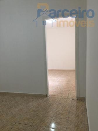 Casa com 1 dormitório para alugar, 50 m² por R$ 1.200/mês - Vila Carrão - São Paulo/SP