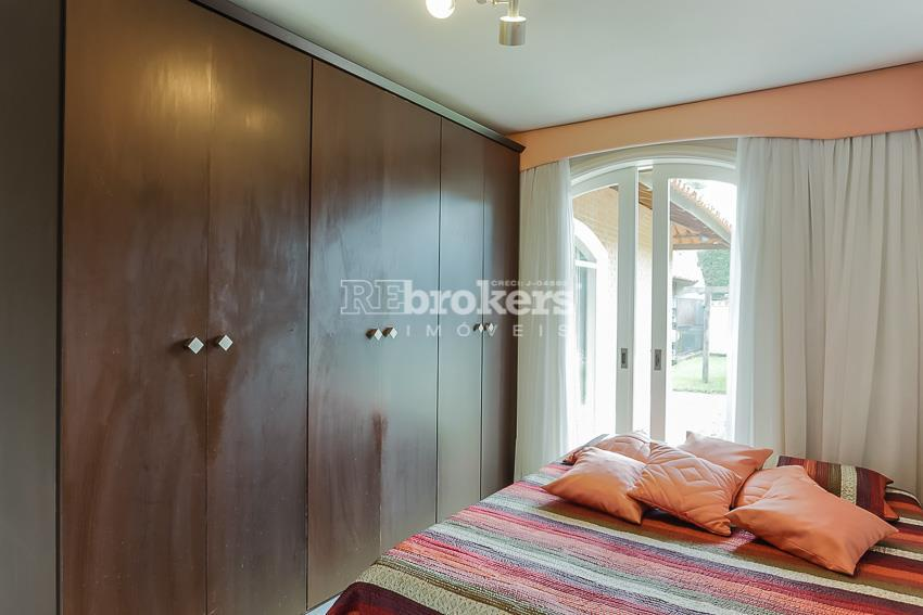 casa residencial ou comercial - vista alegre - rebrokersem uma das regiões que mais se valoriza...
