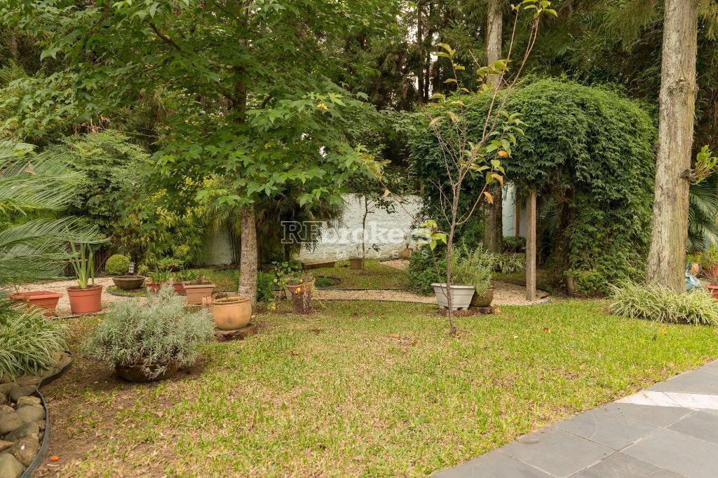 casa ampla e arborizada- hugo lange - rebrokersem um dos bairros mais nobres de curitiba, o...
