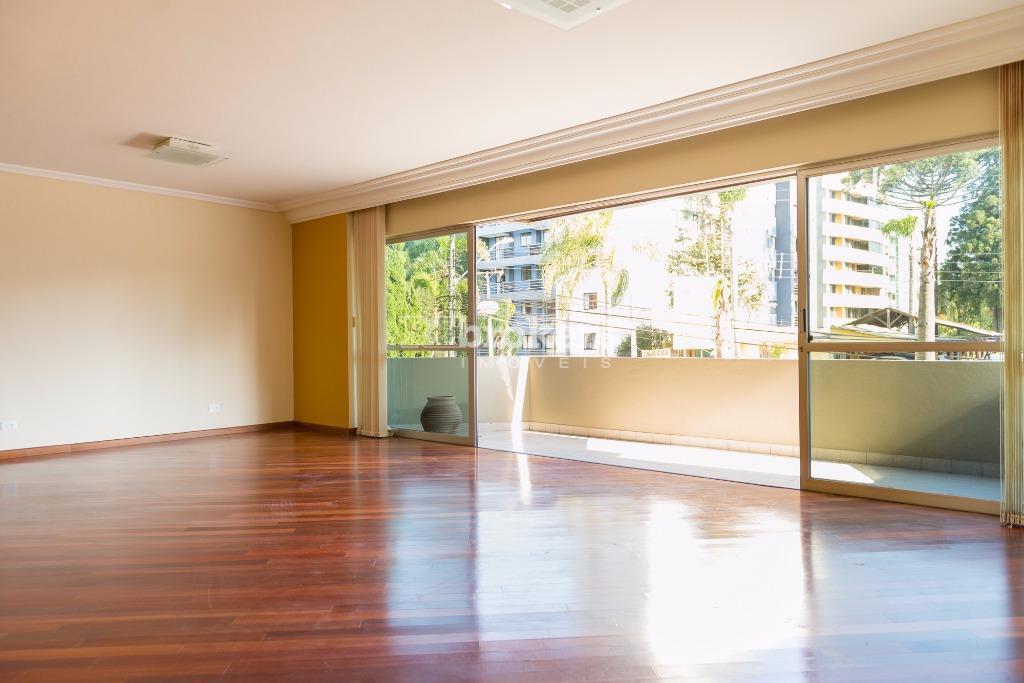 Apartamento 03 quartos, 03 vagas, Cabral, REbrokers