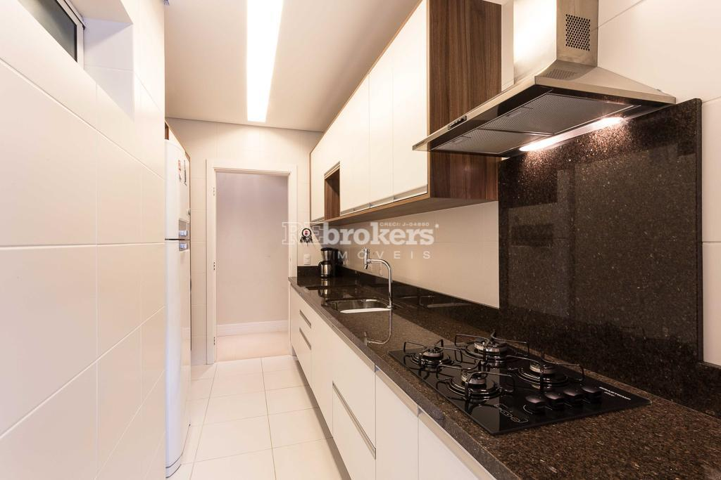 REbrokers - Apartamento Garden, 3 quartos, sendo 1 suíte, 2 vagas,  Água Verde, Curitiba.