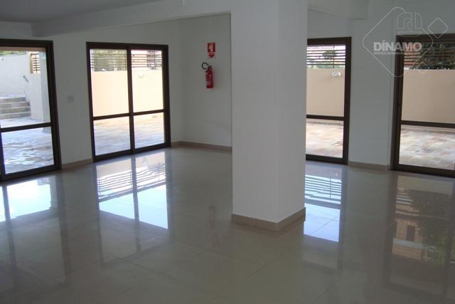 4 suítes, sala, lavabo, varanda gourmet, cozinha, área serviço, wc empregada, 3 vagas garagem, 220 m2...