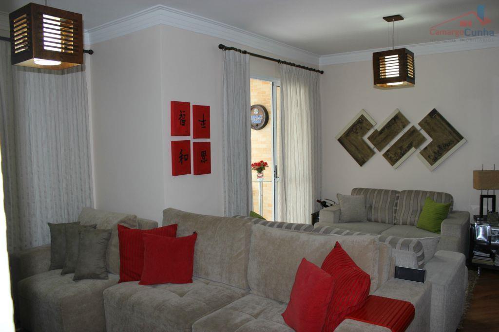 Excelente apartamento com 73 metros, 3 dormitórios e duas vagas.