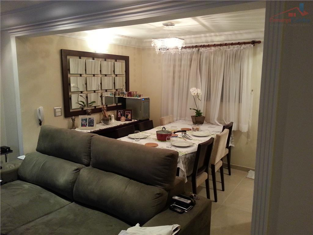 Belíssimo apartamento com 2 dormitórios, 2 vagas e lazer completo.