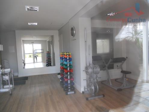 Apartamento com 62 metros com 2 dormitórios 01 suíte e 01 vaga, próximo ao Shopping da Lapa.