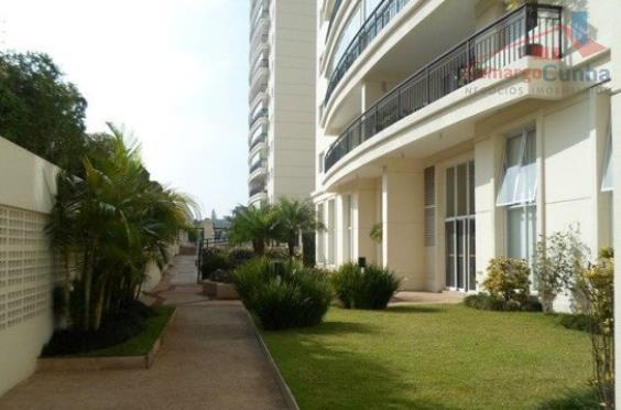 Apartamento com excelente localização com 106 metros, 03 dormitórios sendo 01 suíte, 02 vagas de garagem.