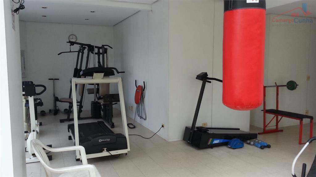 belíssimo apartamento com 100 m² em rua fechada com controle de acesso e segurança, 3 dormitórios...