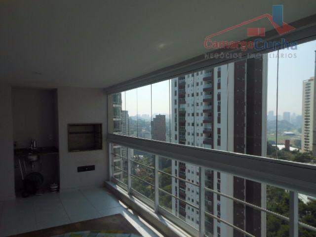Belíssimo apartamento com 201 metros, 4 suítes e 3 vagas!!!