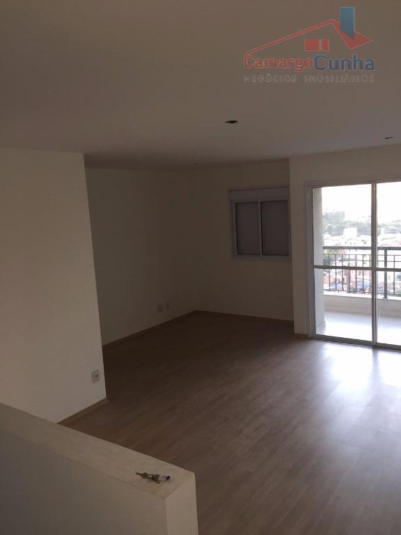 apartamento com 70 metros de área útil, 2 quartos com reversão para o terceiro quarto, sala...