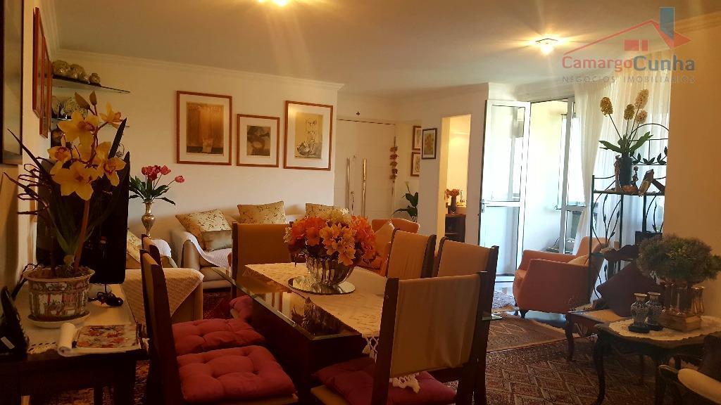 Apartamento residencial à venda, Morumbi, São Paulo - AP0438.