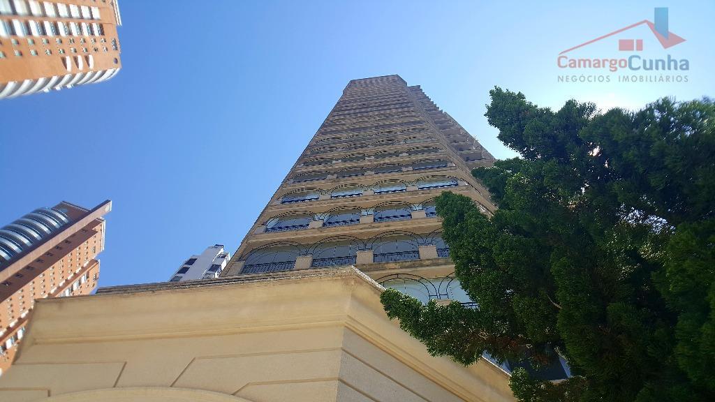Oportunidade! Apartamento em condomínio Alto Padrão no Panamby!!!