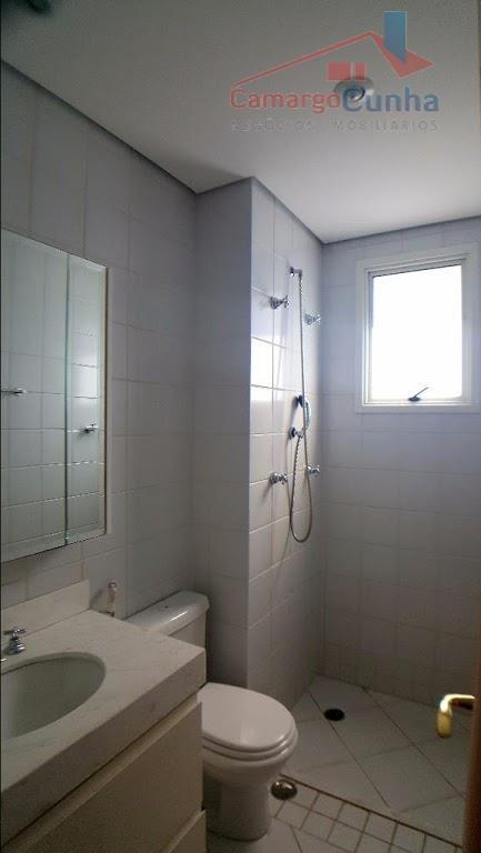 belíssimo apartameto alto padrão com 261 m², vista fantástica. 4 suítes com closet e terraço, sendo...