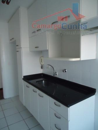 Apartamento com 70m², 3 dormitórios e 1 vaga de garagem