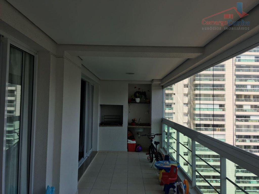 Apartamento com 142 metros, 3 suítes, 2 vagas e varanda com churrasqueira!!!