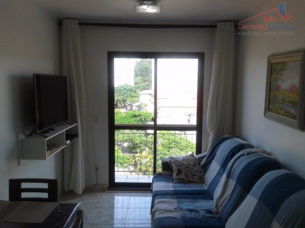 Apartamento bem localizado com 58 metros, possui 02 dormitórios e uma vagas.