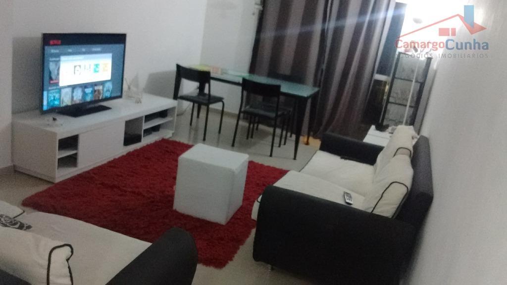 Apartamento bem localizado com 75 metros, possui 03 dormitórios e uma vaga.