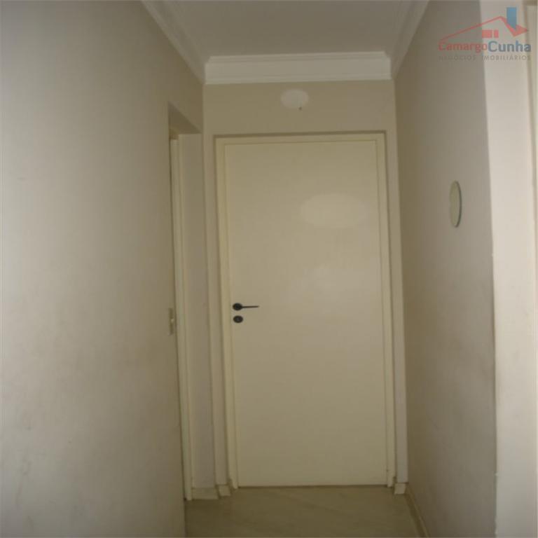 apartamento iluminado, 2 dormitórios,1 vaga, amplo lazer. condomínio baixo com água e gás inclusos. aceita fgts...