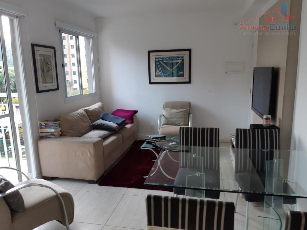 Apartamento bem localizado com 61 metros 3 dormitórios sendo uma suíte e 1 vaga.