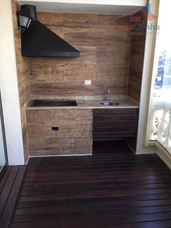 apartamento com 106 m², possui 3 dormitórios sendo 1 suíte e 2 vagas de garagem, sala...