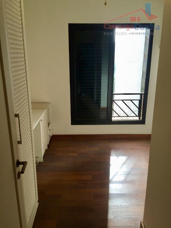 apartamento com 224 m², 04 suítes e 03 vagas de garagem, sala com três ambientes, lavabo,...
