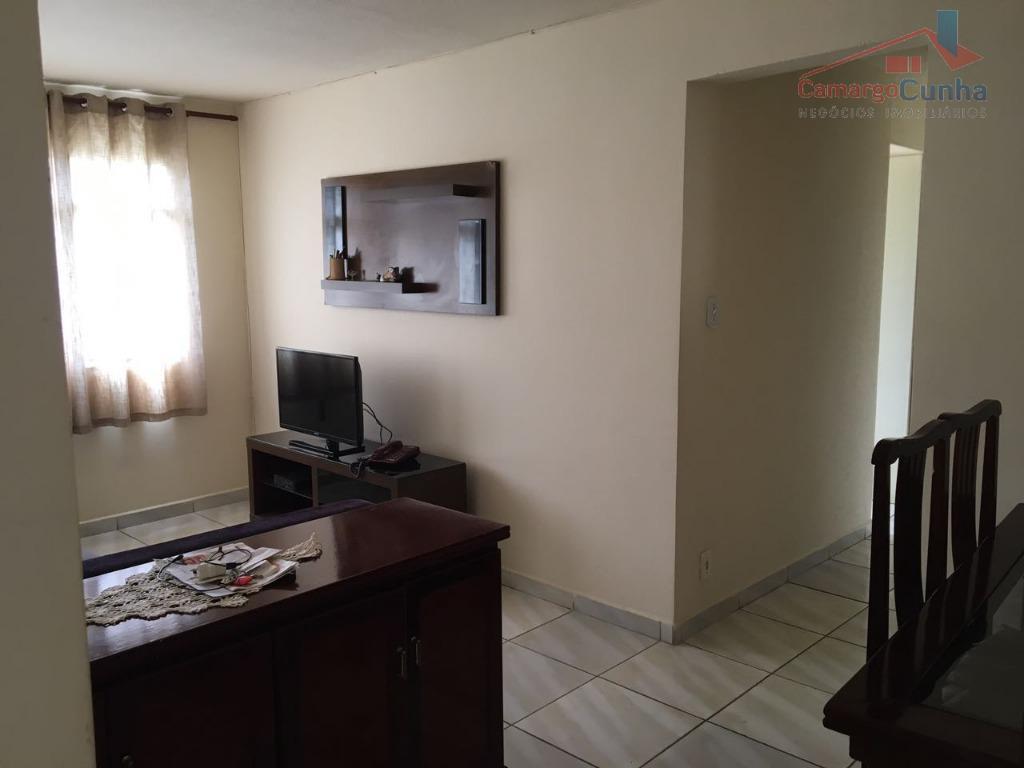 Apartamento com 56 metros, 02 dormitórios e 01 vaga.