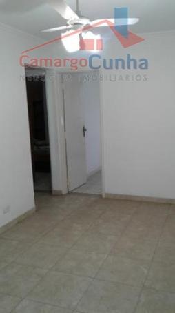 Apartamento bem localizado com 51 metros, 2 dormitórios 1 vaga.