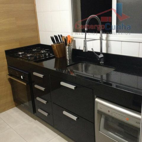 apartamento com 94 m², possui 3 dormitórios sendo 1 suíte e 2 vagas de garagem, sala...