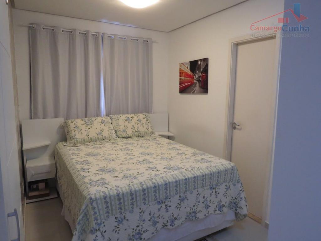 apartamento com 57 m², possui 2 dormitórios sendo 1 suíte e 1 vaga de garagem, sala...