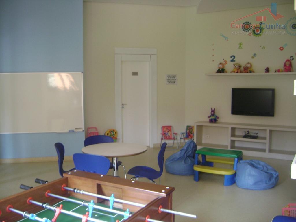 apartamento com 160 m², sendo 03 suítes e 04 vagas de garagem, sala ampliada e com...