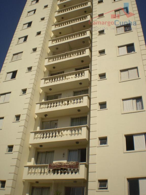 Apartamento com 59 metros, 2 dormitórios sendo uma suíte e 1 vaga